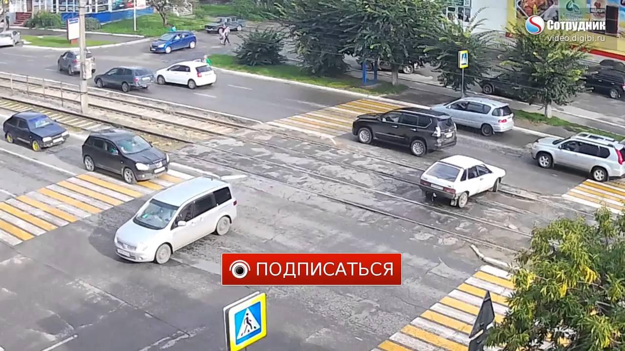 В Бийске сбили перебегавшего пешехода