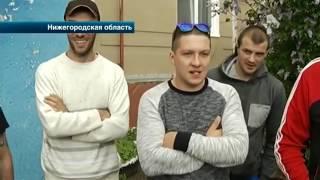 Таксисты поймали пассажира, избившего их коллегу ради 100 рублей