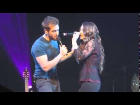 Pablo Alboran  & Jesse  Joy - Donde Está El Amor LIVE