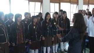 preview picture of video 'Hymne Palang Merah Indonesia - Paduan Suara SMAN 2 Kuala Kapuas'