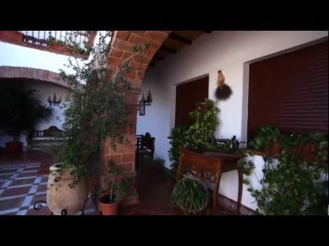 Sierra de Yeguas HD: Típico pueblo blanco andaluz. Provincia de Málaga y su Costa del Sol