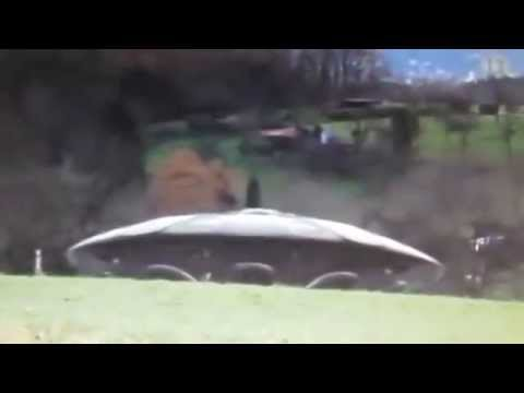 Real UFO landing with real Aliens REAL REAL REAL !