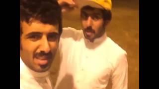 مقاطع فيديو خليجية مضحكة - مقالب مراد سالم المجنونة في أخيه التوأم -