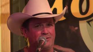 "Tracy Byrd - Singing Live ""Keeper of the Stars"""
