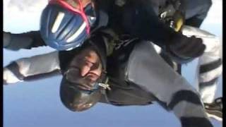 preview picture of video 'Tandem Ampfing Skydive Colibri'