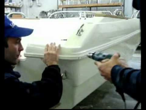 How to attach a rope to the rub-rail of your boat with epoxy - Tips