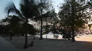 preview picture of video 'PORT LOUIS  PLAGE 3.'