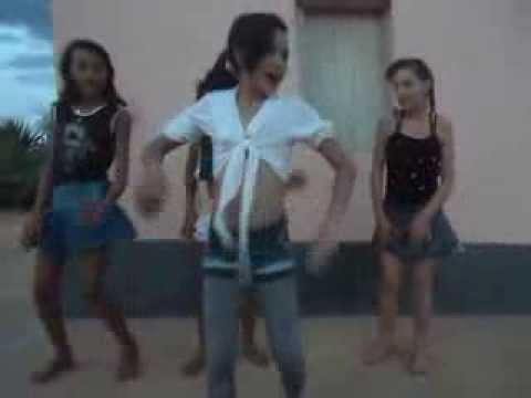meninas dançando show das