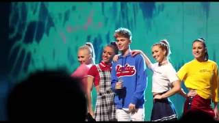 HRVY   Personal WE Day UK 2018