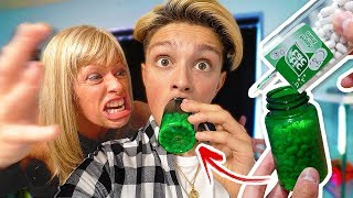 TIC TACS IN PILL BOTTLE PRANK!! (ANGRY MOM FREAKOUT) - Prank Wars
