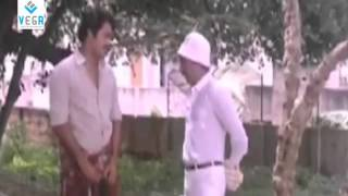 Mohanlal Best Comedy Scene From Mazha Peyyunnu Maddalam Kottunnu