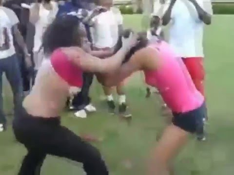 Girls full naked fight in the park