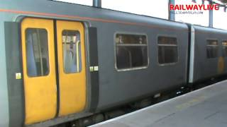 preview picture of video 'Merseyrail Class 508 Arrival at the final station Chester (HD)'