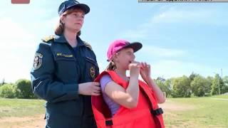Сотрудники МЧС напомнили детям о правилах поведения на воде