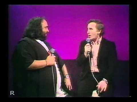 Demis Roussos & Charles Aznavour-Que C'est Triste Venise(Live)