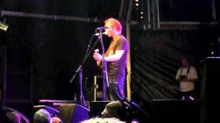Ed Sheeran - The A Team / Little Lady (Live at Redfest 2011)