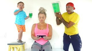 SLIME PRANK ON MOM!! (his first prank ever) - Video Youtube