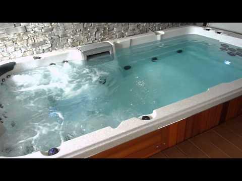 spa professionnel de nage lspas l 8801. Black Bedroom Furniture Sets. Home Design Ideas