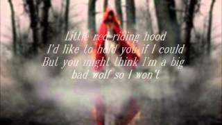 Amanda Seyfried- Little Red Riding Hood (lyrics on the screen)