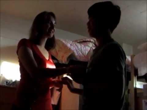 Massage sa bahay upang linisin ang tiyan at mga gilid