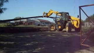 preview picture of video 'apilado de rieles, estación AFE Tacuarembó'