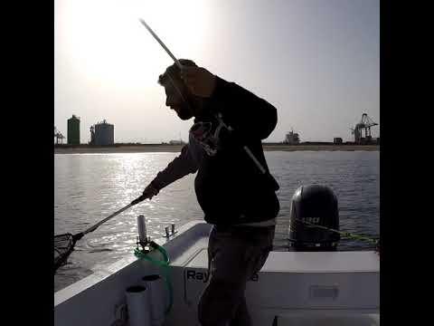 Russo che pesca in 3 Dyoma klevalka