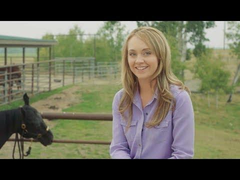A Sneak Peek of Heartland Season 11 with Amber Marshall