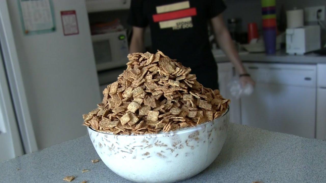 MASSIVE Cinnamon Toast Crunch Challenge (7,700 Cals) thumbnail