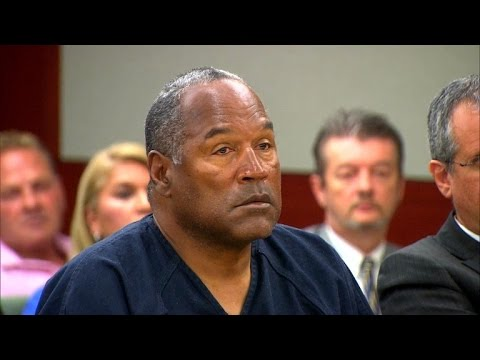 oj-simpson-watches-the-kardashians-on-tv-in-jail-former-guard-says