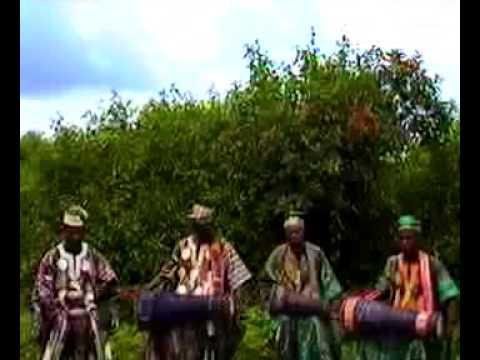Yorùbá Bàtá Ensemble Drums for Òrìsà, volume 1