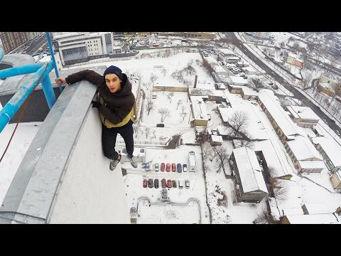 , title : 'ЗАЦЕП на ОДНОЙ РУКЕ Руферы на крыше с Александра Киевская /Stas Agapov'
