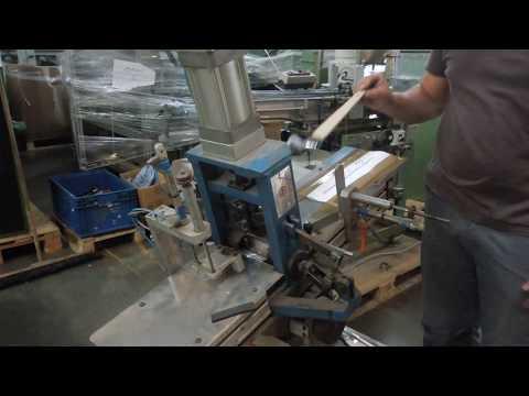 Radiator Brush Bending Machine / Heizkörper-Pinsel Biegemaschine