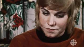Canadian singing legend Anne Murray at home, 1971: CBC Archives | CBC
