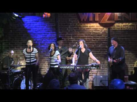 Doña Oxford - Shame On Me - Live at Witzend