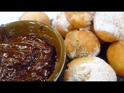 Video Receta de bolitas zeppole con salsa de chocolate. Bolitas zeppole / Salsa de chocolate