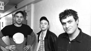 DMA'S - Beautiful Stranger (Madonna Cover)