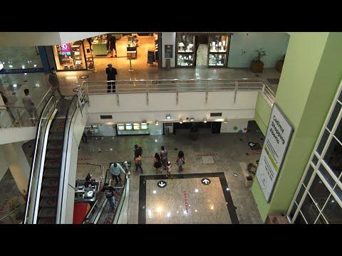 Com movimento tímido, shoppings reabrem em Nova Friburgo após três meses fechados