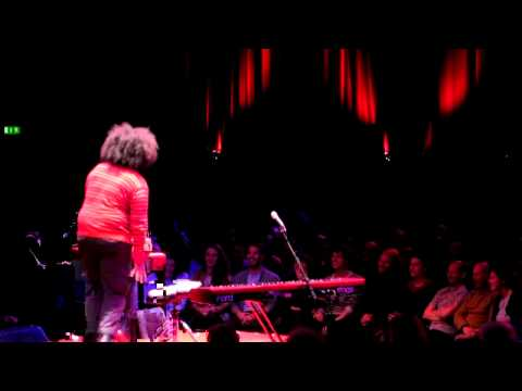 Quinoa Dubstep By Reggie Watts @ Roundhouse, London Mp3