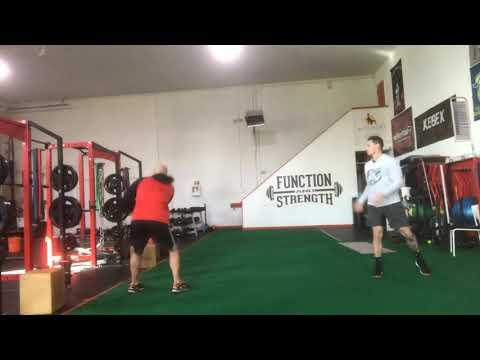 Partner Med ball Side throw