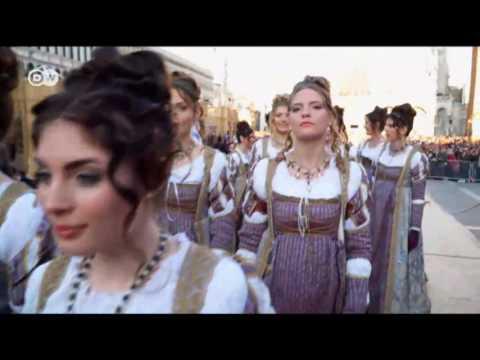 Lujosos disfraces en el carnaval de Venecia | Euromaxx