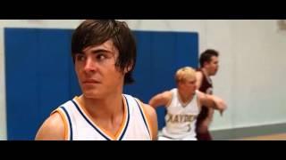 17 Otra Vez: escena del juego de baloncesto.