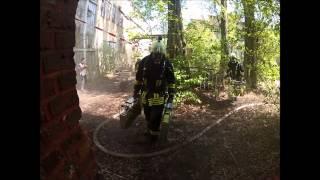 preview picture of video 'Übung Personensuche der Feuerwehr Bergisch Gladbach mit Helmkamera'