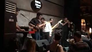 HAYAL Kahvesi Ankara ( Serhat Kılıç Konseri Part 1 )