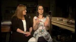 Saison 2 - Behind the scenes - Daisy et Mme. Patmore