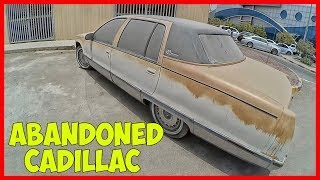 Abandoned Cadillac Fleetwood. Abandoned US cars in Dubai