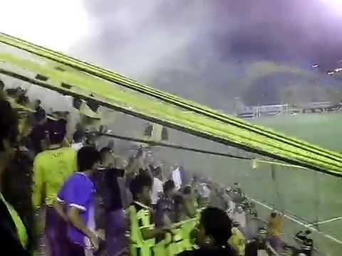 """""""MEGA LOCOS 2014"""" Barra: Mega Barra • Club: Real España"""