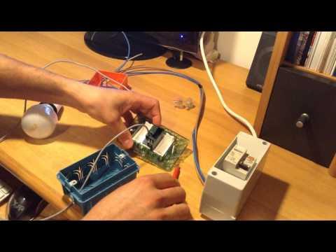 Come collegare una lampada all'impianto elettrico attraverso un interruttore