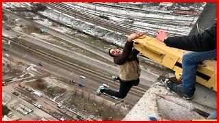 ЗА СЕКУНДУ ДО...Руферы неудачники: Стойка на краю /Стас Агапов