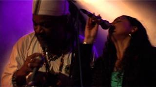 Video RIDDIMSHOT with Big Famili - Carmen & King Kalabash & Baron Blac