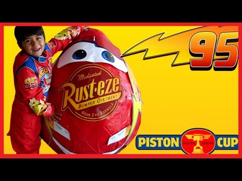 Disney Cars Toys GIANT EGG SURPRISE OPENING Lightning McQueen Disney Pixar Cars 3 Kids Video